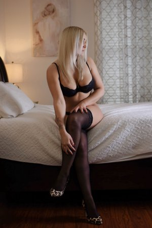 Maissene escort girls in Hanahan & tantra massage