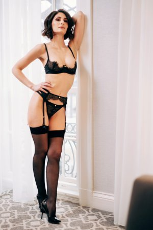 Susanne thai massage in Solvang, live escort